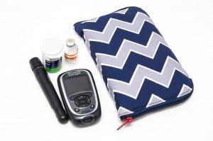 Tasche für Diabeteszubehör von Kubischneck mit Utensilien